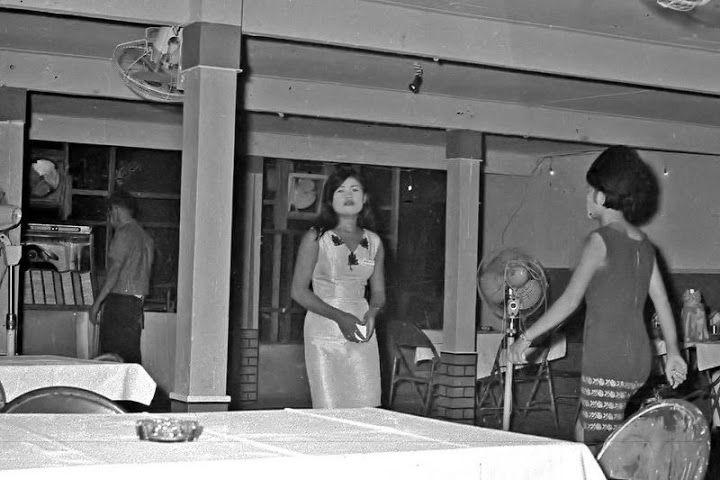 Frauen Changwat Nakhon Phanom