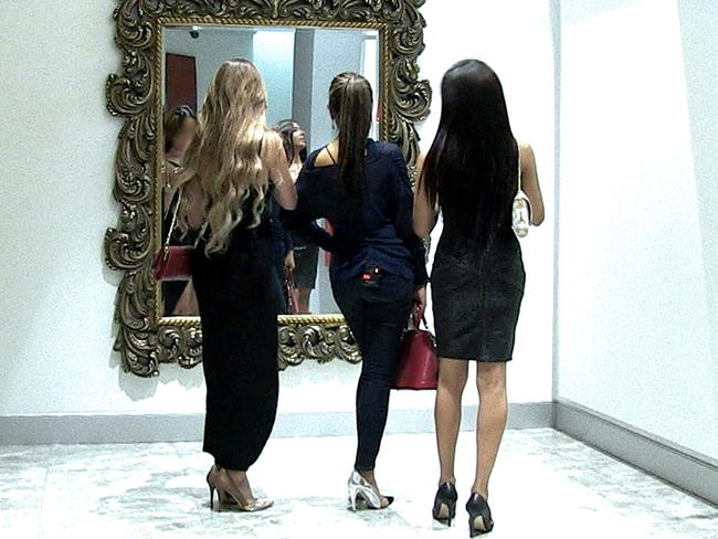Four Corners, United States girls