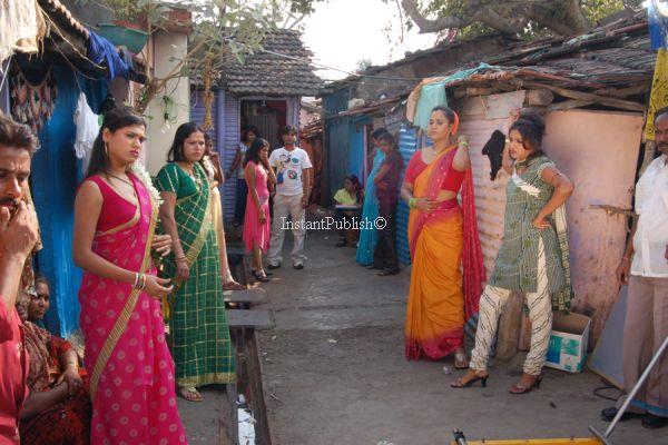 Where  buy  a girls in Latur (IN)