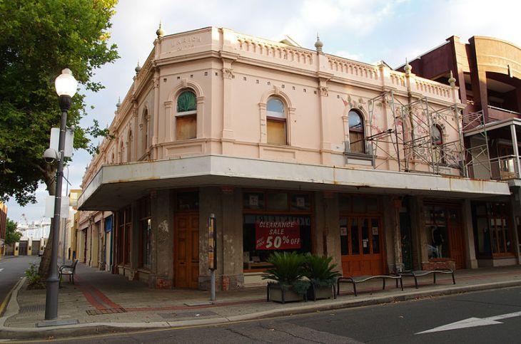 Where  buy  a sluts in Fremantle, Western Australia