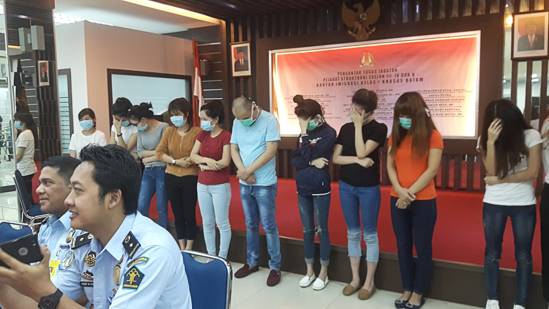 Telephones of Prostitutes in Pekanbaru (ID)