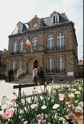 Girls in Villiers-le-Bel, Ile-de-France